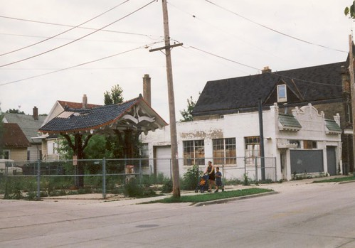 Milwaukee Streets And Midwest Roads A South Side Mystery