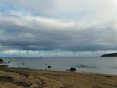 In the Clouds (Bricheno) Tags: arran brodick cladach beach calmac macbrayne mvcaledonianisles clyde estuary bricheno isleofarran scotlandinminiature firth firthofclyde scotland escocia schottland écosse scozia escòcia szkocja scoția 蘇格蘭 स्कॉटलैंड σκωτία