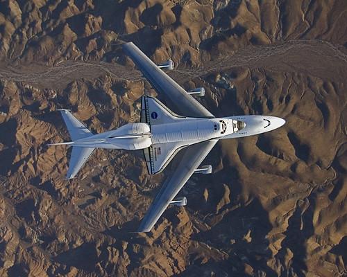 フリー画像| 航空機/飛行機| スペースシャトル| シャトル輸送機| ボーイング747|       フリー素材|
