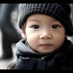 VIETNAM - CUTE KID on the Streets of Hanoi ! :o)