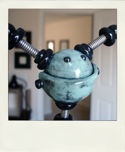 Sneak Peek: Robot is full of happiness by HerArtSheLoves