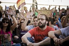 19J-5834 (NOMMAD PHOTO) Tags: espaa canon photography photo spain europe gente demonstration galicia junio manifestacin acorua 19j pactodeleuro spanisrevolution