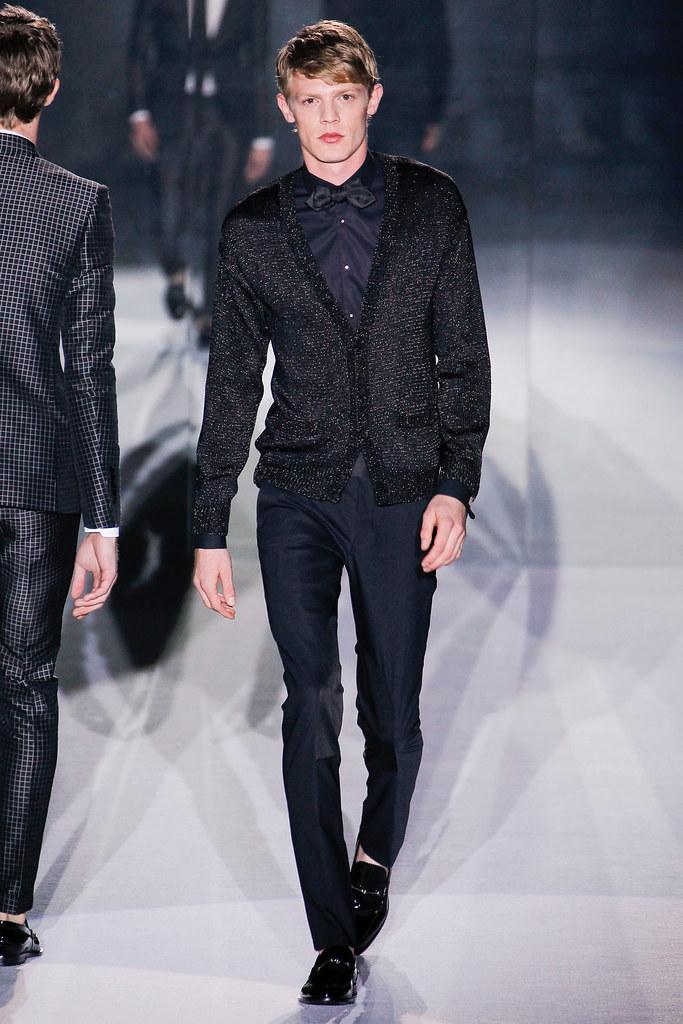 SS12 Milan Gucci039_Lenz von Johnston(VOGUEcom)