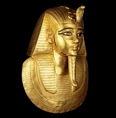 funerary mask Psusennes (sergiothirteen) Tags: egyptianart psusennes egyptiangold