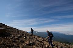 トムラウシ山を右手に登る
