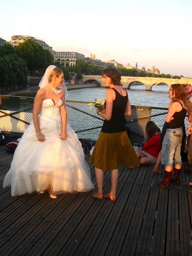 Paris - bouquet throw 3