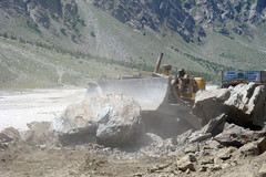 Road block (bobwitlox) Tags: road block lahaul