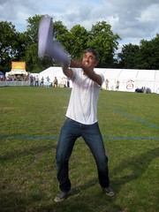 Welly Wanging 6 - Innocent Village Fete 2008