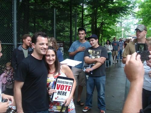 Marc Roberge from OAR helps HeadCount Regsiter voters!