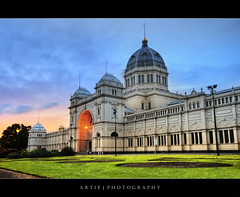The Royal Exhibition Building, Melbourne (II) :: HDR (Artie | Photography :: I'm a lazy boy :)) Tags: sky cloud building classic fountain grass stone architecture photoshop canon cs2 tripod australia melbourne wideangle victoria exhibition structure dome 1020mm hdr nineteenthcentury artie carltongardens royalexhibitionbuilding 3xp sigmalens photomatix tonemapping tonemap 400d rebelxti