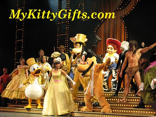 Hello Kitty's View of Cartoon Characters in The Golden Mickeys Show of Hong Kong Disneyland