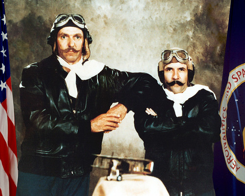 STS-2 / JOE ENGLE & RICHARD TRULY / COLUMBIA