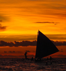 Paraw Sailing (julesnene) Tags: travel sunset beach fun gold golden boat asia southeastasia philippines boracay paraw boracayisland julesnene juliasumangil