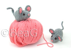 Little Mice (Muisjes) (Made by BeaG) Tags: pink cute kids cat children toy creativity mouse grey acrylic belgium handmade crochet gray belgi yarn mice creation cotton softtoy muis stuffie beag gehaakt designedbykristie madebybeag gemaaktdoorbeag
