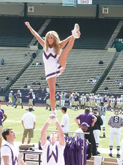 HUSKIE HEEL STRETCH (bulgo125) Tags: college uw cheerleaders huskies stretch heel cheerleader stunt stunts huskie heelstretch