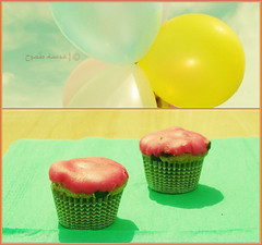 ~   (^^^^) Tags: party green yellow cake balloon cupcake