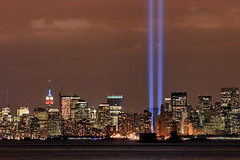 TOWERS OF LIGHT 2008 (kevinh_photos) Tags: 2001 nyc ny skyline america manhattan worldtradecenter towers 911 nypd twin wtc september11 fdny groundzero towersoflight tributeinlight papd thesuperbmasterpiece kevinhphotos