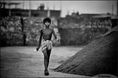 Hardship Of Life (Sweet Venom.) Tags: dhaka bangladesh bgd ef70200f28lusm 5dii dhakauddayan