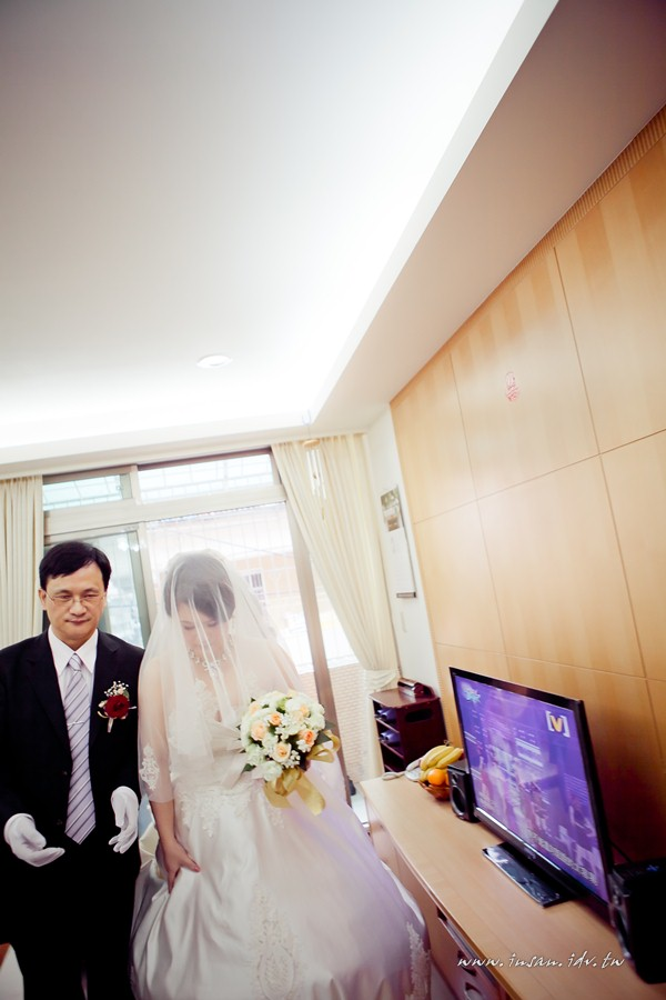 wed110507_420