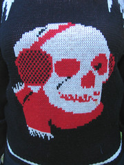vintage skull sweater (detail) (loveloveloveus) Tags: red white black fashion vintage skull sweater punk ebay hardcore 80s pirate 70s jumper bone lovelovelove 1970s 1980s crossbones chilled httpwwwloveloveloveus