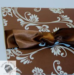 2367449593 67154afa42 m Baú de ideias: Decoração de casamento marrom (chocolate) e outras cores