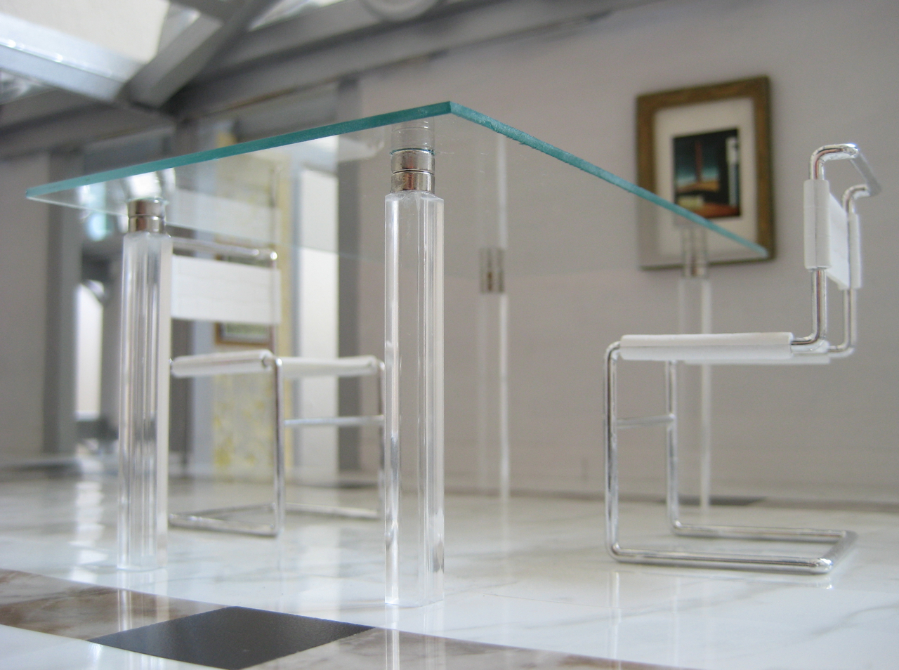 Miniarcs: Miniature Modern Glass Top Table