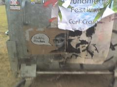 (Dekadenz & Größenwahn) Tags: streetart stencil sticker aufkleber lieschen fräulein