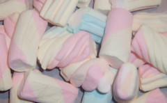 Marshmallows (beh_va_beh) Tags: pink candy sweet rosa marshmallows dolci caramelle gommose