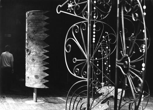 <夢かうつつか> 舞台美術 1965年 (c) Agor