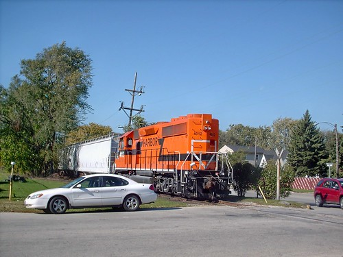 Indiana Harbor Belt local heading west toward Manheim road. Melrose Park Ilinois. October 2007. by Eddie from Chicago