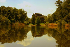 Almost Autumn -  Baughman Meditation Center (gatorgalpics) Tags: reflections universityofflorida uf equinox lakealice almostautumn baughmanmeditationcenter thebaughmancenter