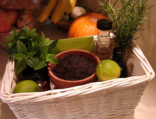gift idea - beverage basket