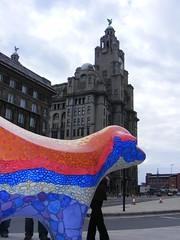 Superlambanana, Liverpool (ajmc_27) Tags: building liverpool landmarks landmark liver liverbird superlambbanana gpg superlambanana classof98 universityofliverpool capitalofculture2008 bananarock geologyandphysicalgeography geologyandphyiscalgeography