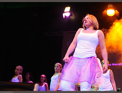 Petra-MovesKerstDansShow2008Showdance12Plus38294 (PM-dance) Tags: delicious hiphop breakdance lunetten kez d40 betterbodies petramoves dforce dinspiration dsquare kerst2008 dscrew dmovement wwwpetramovesnl pmevents kerstdansshow showdance12 dmamas jutter1 jutter2 jutter3 dennisjeffrey showdance18 hiphopmiranda iliasrikardo oopsfotosnl