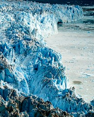 En retroceso / melting (dani.Co) Tags: trip travel blue snow ice ecology nikon melting holidays earth glacier explore greenland planet change fjord d200 glaciar climate hielo warming global icecap groenlandia explored platinumphoto danico infinestyle