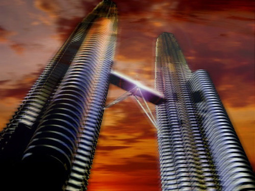 "Cesar pelli's Petronas Towers, Las torres de Petrona • <a style=""font-size:0.8em;"" href=""http://www.flickr.com/photos/30735181@N00/2296208730/"" target=""_blank"">View on Flickr</a>"