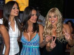 Belleza, si hay (jmven) Tags: beauty rock cafe kodak venezuela si hard modelos pilsen margarita chicas hay polar belleza