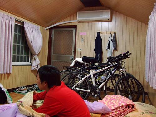 夜宿小木屋