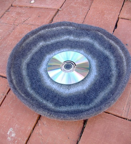 felted bowl (bricks)