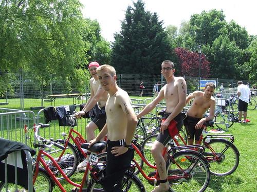 Triathlon en Vélostan