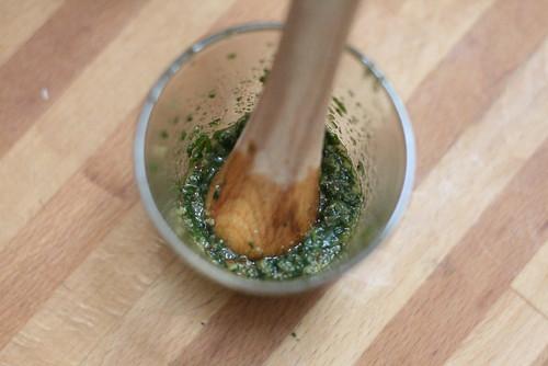 Pesto noisette & thym après