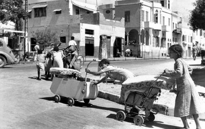 Palestinians fleeing their homes in Jaffa (1948)
