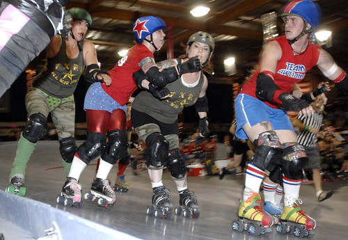 A Derby Smorgasbord, Part I: Banked Track Roller Derby Tourney @ The Doll Factory, 6/28/2008