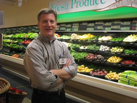 Tyler Meyers @ Kress IGA, Seattle