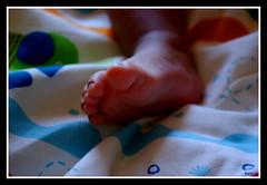 Un largo camino (pi.rosa) Tags: luz pie colores noelia pequeño pasos aficionados aficinonados