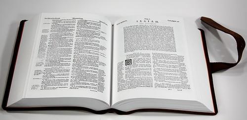Geneva Bible Facsimile - Spread 1