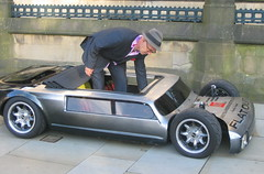 Flat Out (Kingsdude/Dave) Tags: car manchester albertsquare customcar flatout customise andysaunders