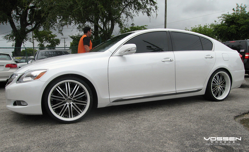 Lexus GS350 on Vossen Custom VVS082 Wheels