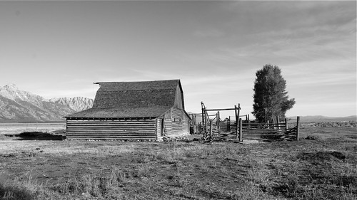 Morman Row Barn black and white