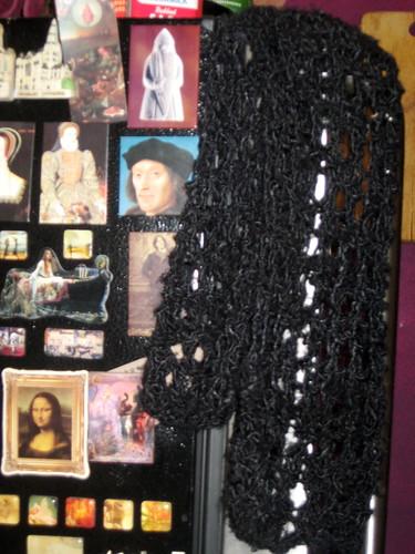 black scarf vegan knitting magnets yarn refrigerator bananafiber bananasilk potholelace